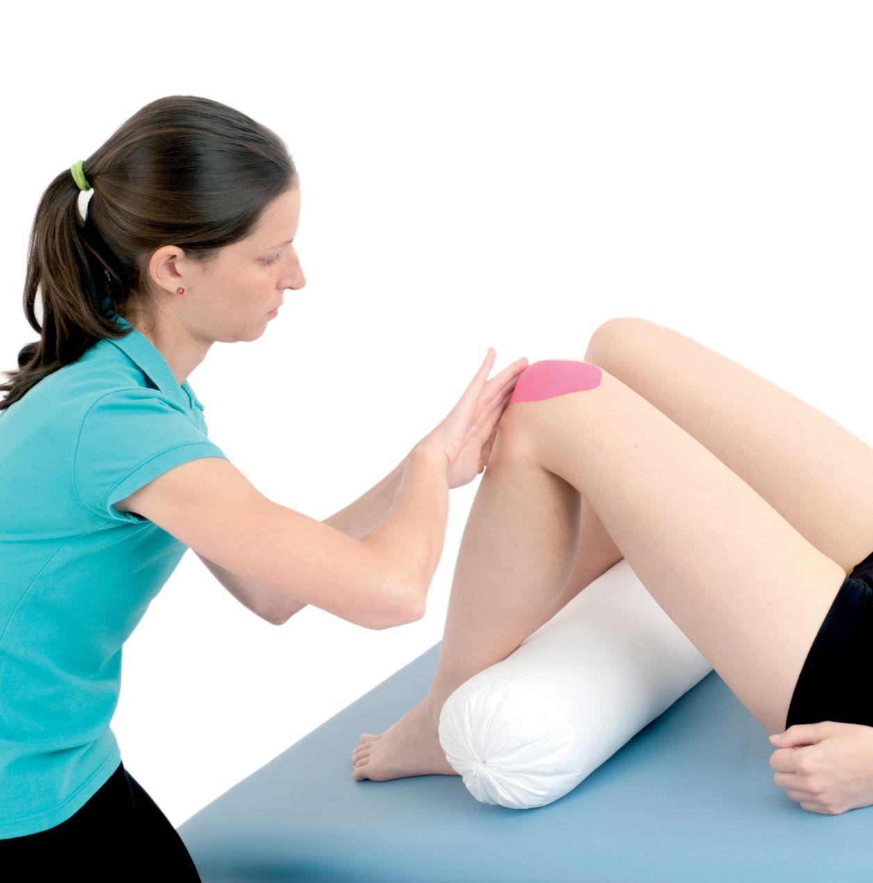 Tejpování stehna a podkolenní jamky 4