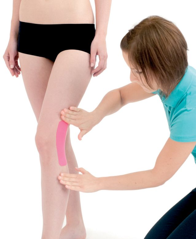 Tejpování kolene side-to-side 5