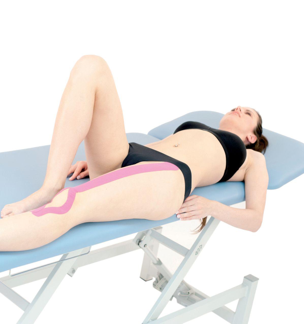 Tejpvání přímého svalu stehenního 2