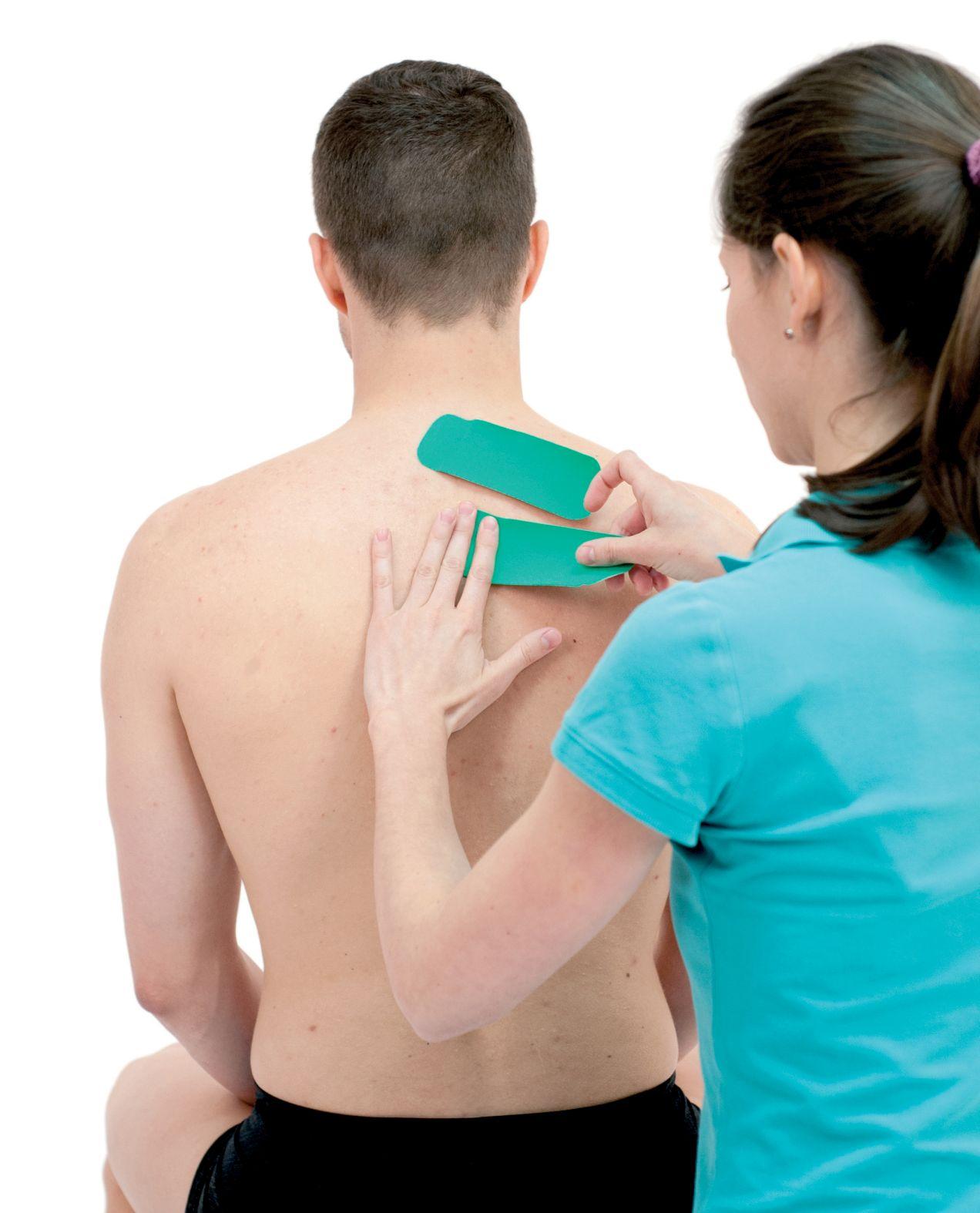 Tejpování rombických svalů 3